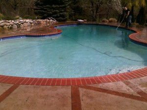 Gunite Pool Stone Coping Vacuuming